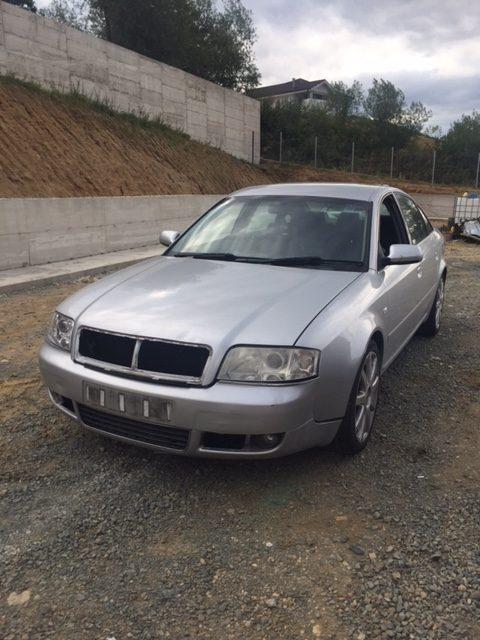 Audi A6 2003, 2.4 benzina, sedan cutie manuala 5 trepte