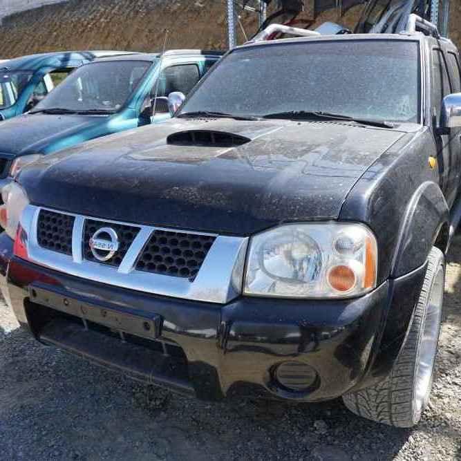 dezmembrez-Nissan-Navara-Pick-Up-2004-motor-2.5-diesel-4×4